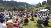 Хиляди сe събраха на поляните край Гела за гайдарското надсвирване